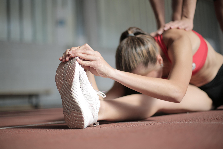 Exercícios físicos: a importância da orientação de um profissional de Educação Física e realização de exames